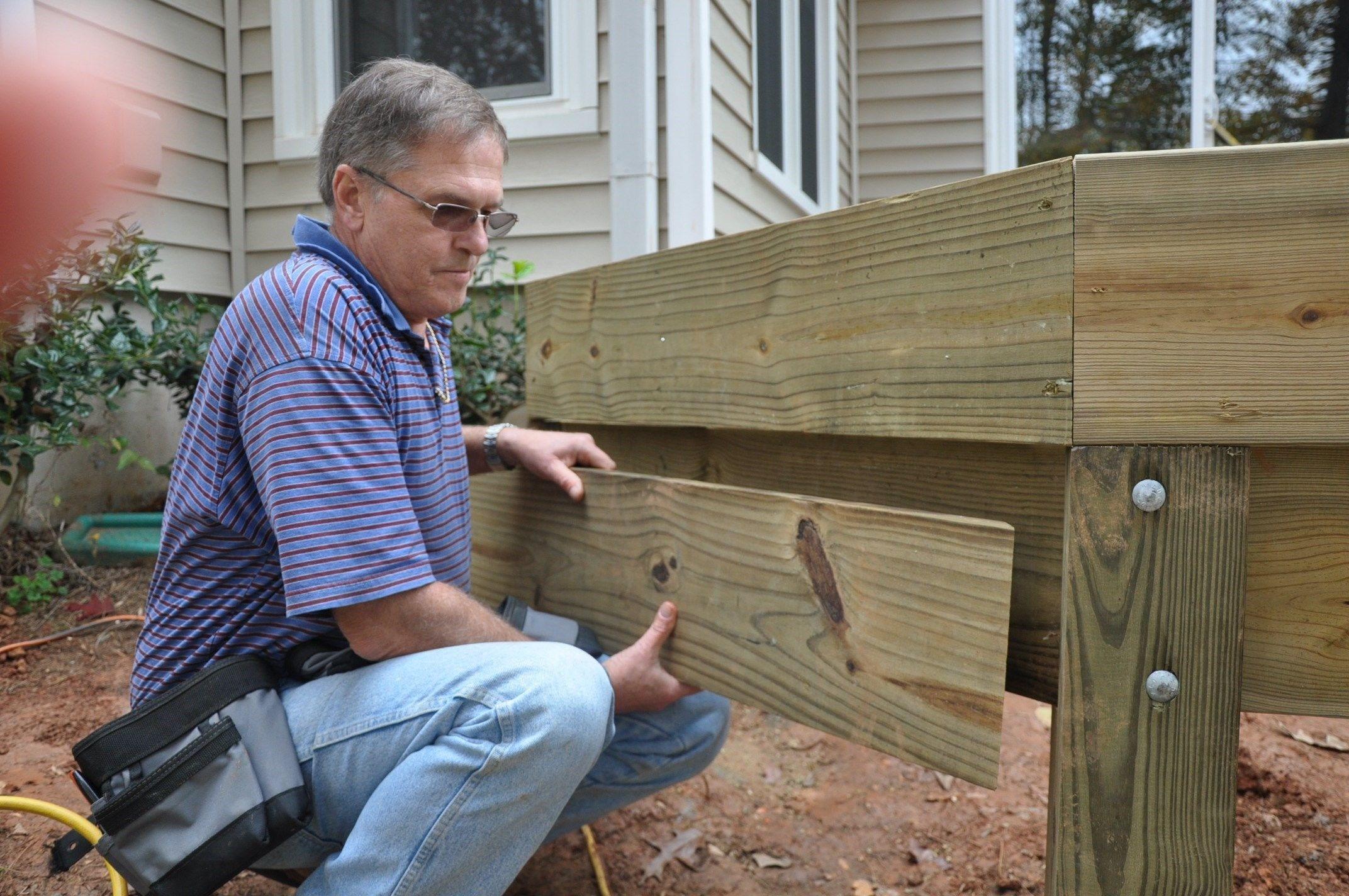 Stair Stringer Attachment Decks Com | 2 Step Outdoor Stairs | Landing | Exterior | Redwood Deck | Cantilever Deck | 8 Foot