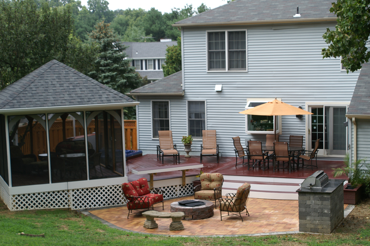 considerations when building a fire pit