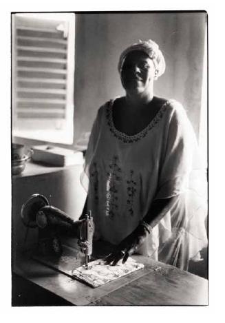 Djeneba, vues photographiques, photo argentique