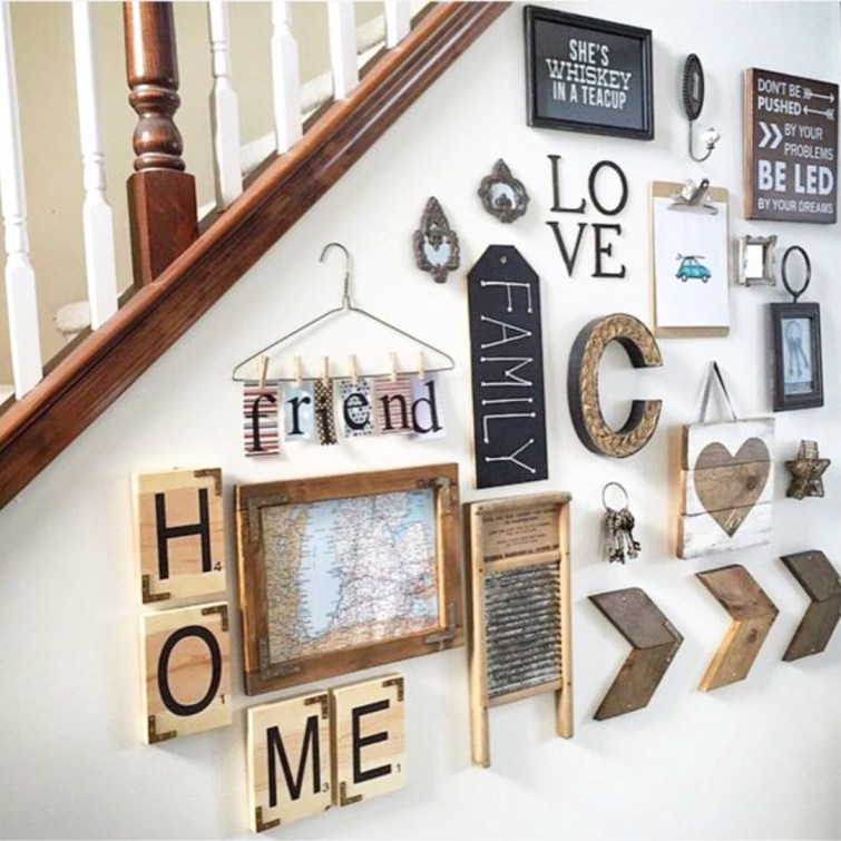 Unique farmhouse / rustic gallery wall idea.  LOVE all the gallery wall ideas on this page #gallerywallideas #decoratingideas #livingroomideas #diyhomedecor #homedecorideas
