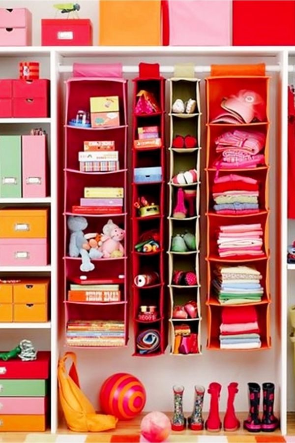 Toy organization and playroom organizing ideas #toyorganization #organizationideasforthehome #gettingorganized #playroomorganization #lifehacks #bedroomideas #momhacks #toystorage #organizing #diyhomedecor