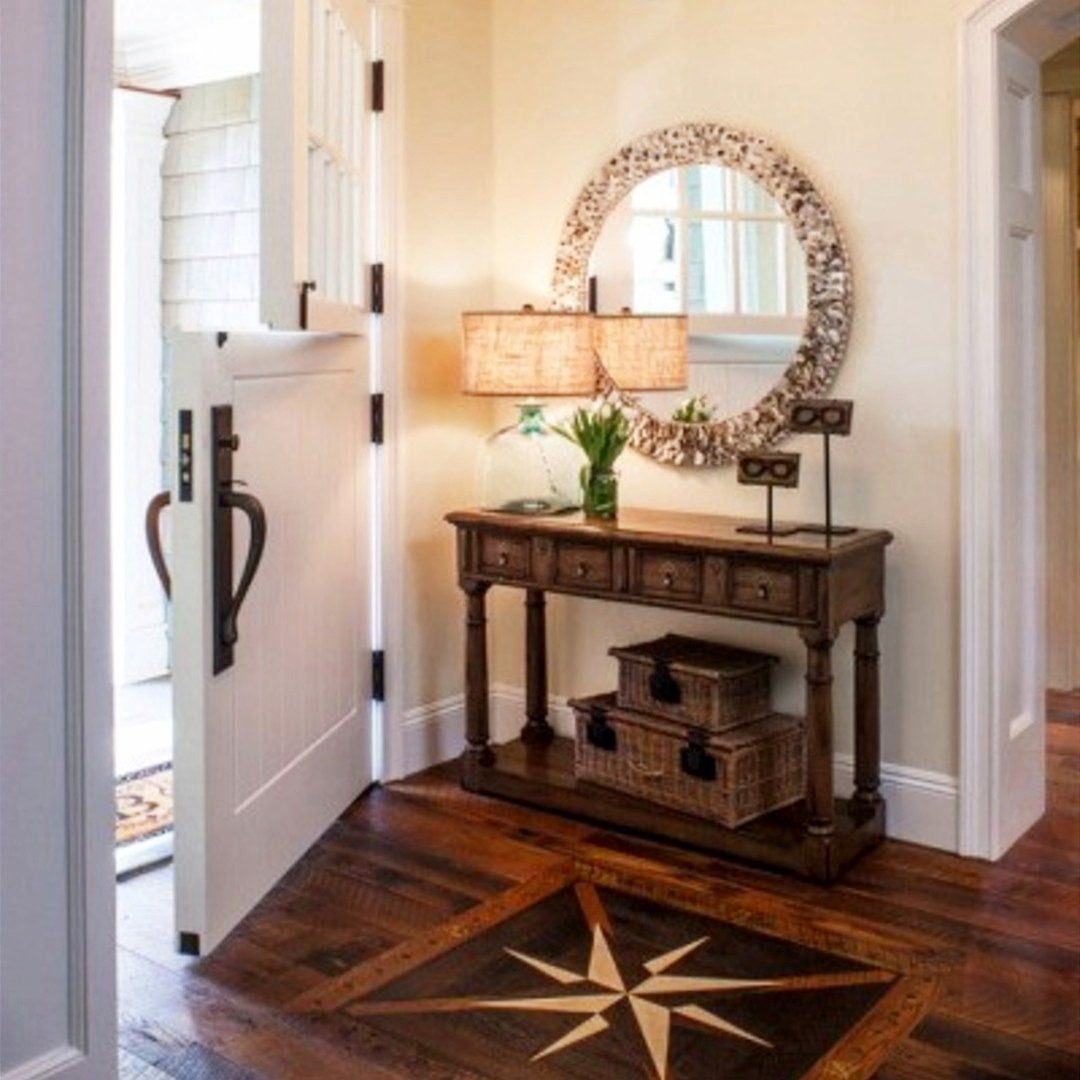 Small Entryways   29  Small Foyer Decor Ideas For Tiny Foyers     Foyer decor ideas and small entryway decorating ideas on a budget   foyerdecorideas  diyhomedecor