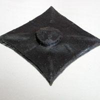 Заклепка черная (А)
