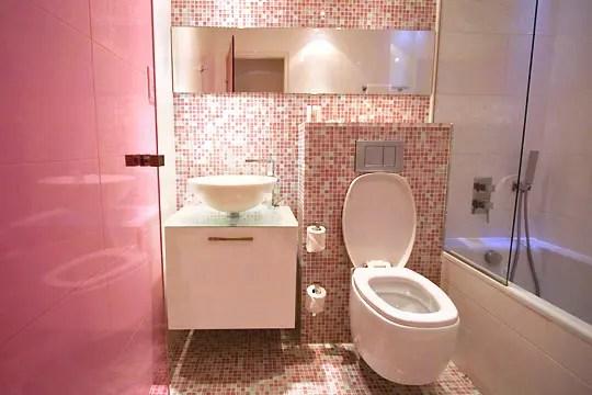 http deco journaldesfemmes fr interieur photo color design hotel des couleurs par touches salle de bain rose shtml