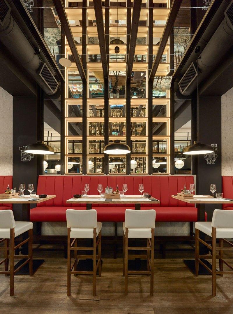 Restaurante de estilo industrial en Casablanca
