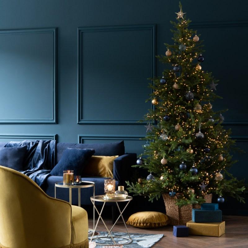 Árbol de Navidad en azul y dorado
