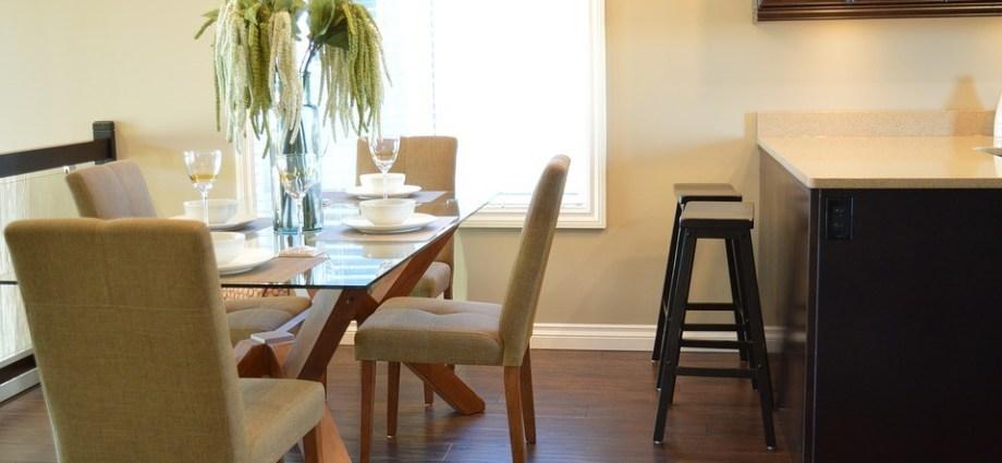 Jak dopasować krzesła do stołu?