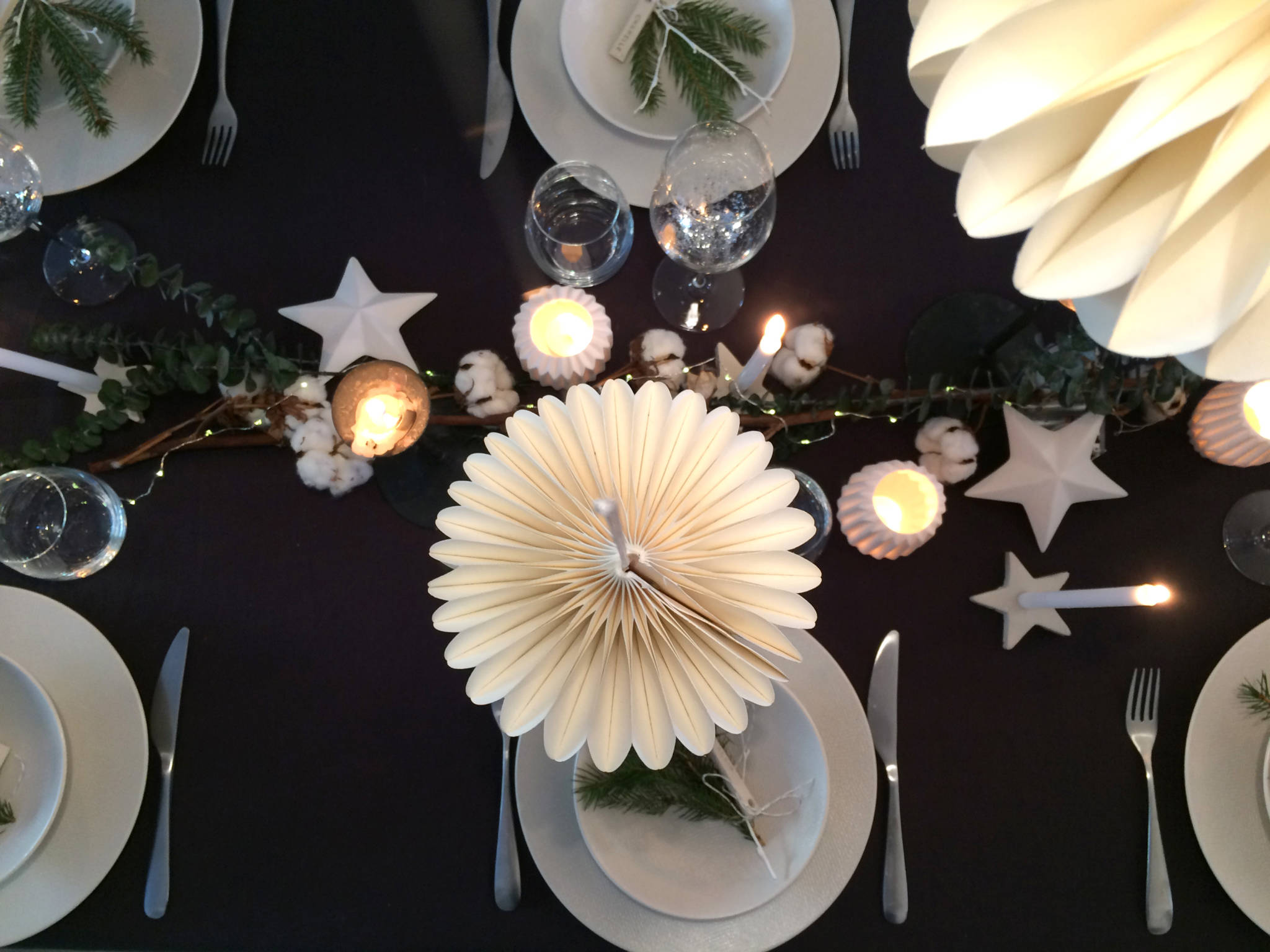 table-fete-decoration-noel-blog-decocot-table-hauteur