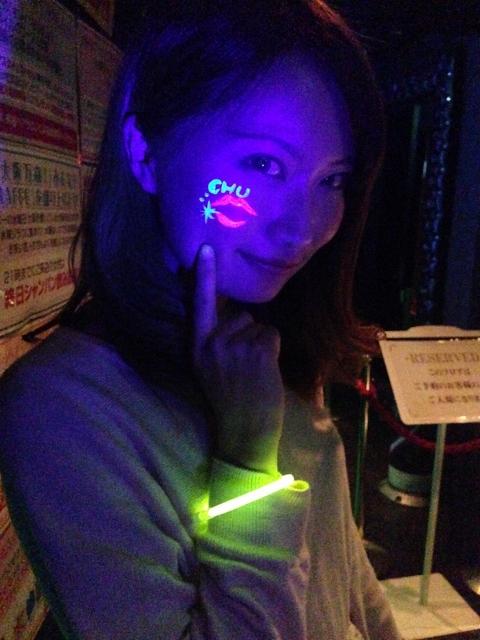 ジラフ大阪☆「NEON GLOW NIGHT」★ボディペインティング