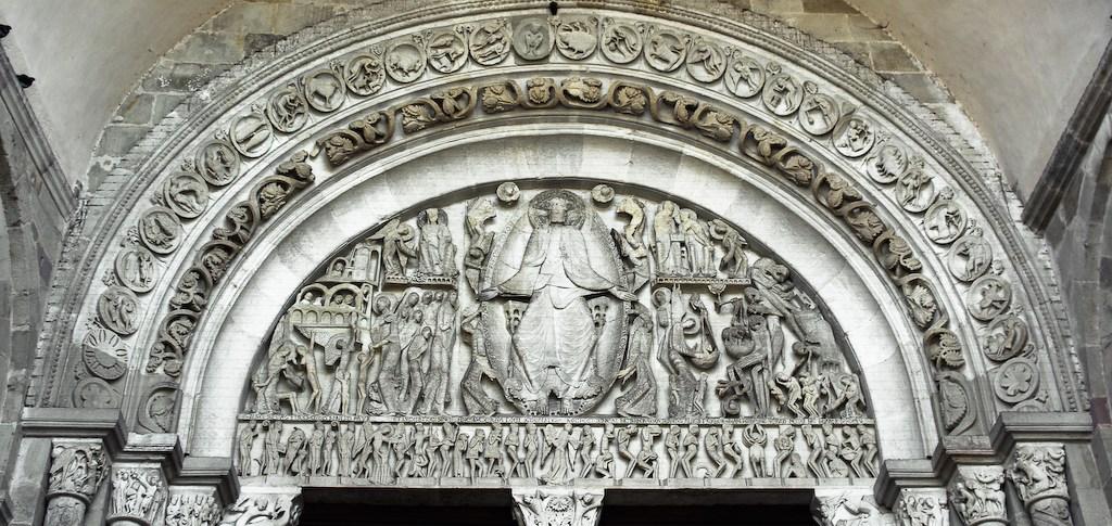 Portail central de la cathédrale d'Autun