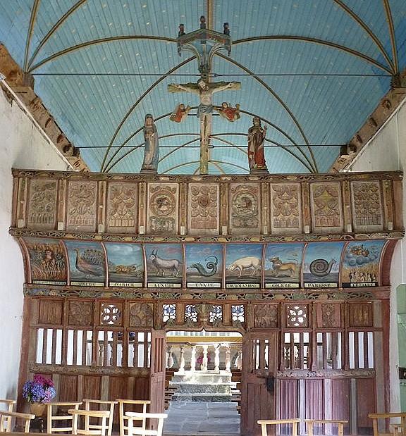 chapelle Notre-Dame de la Croix à Plélauff