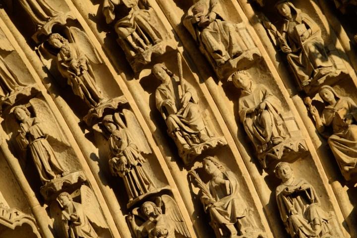 Portail de la cathédrale d'Amiens. Détail des voussures