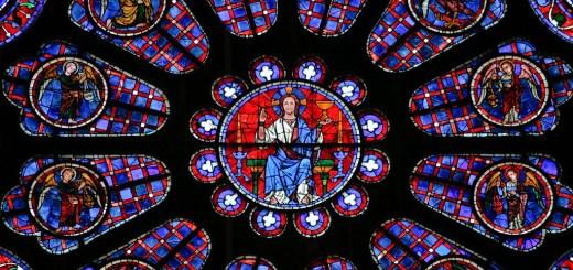 Rosace de la cathédrale de Chartres avec le Christ