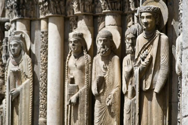 Statues-colonnes de la cathédrale de Chartres