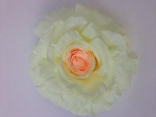 trandafir de matase