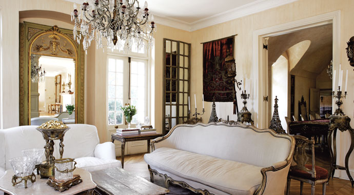 Sophisticated French Style House Decorating