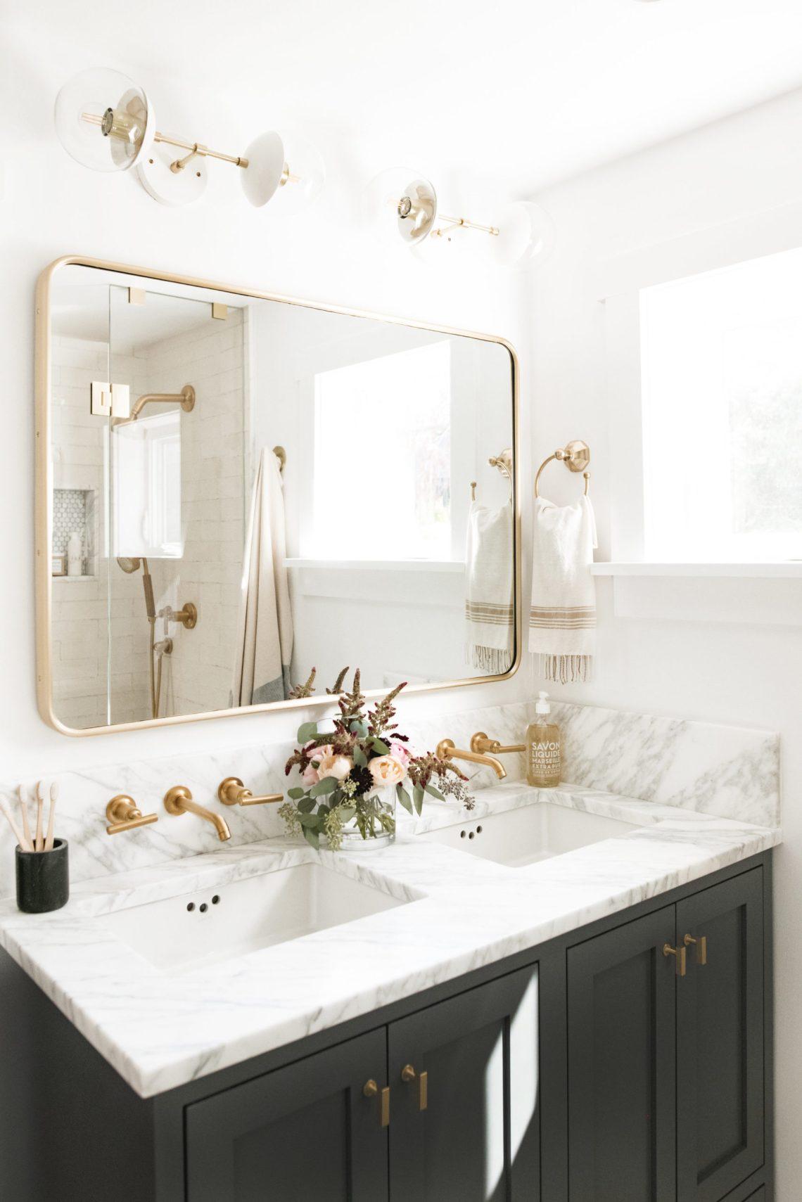 The Best Bathroom Mirror Ideas for 2020 | Decoholic