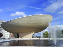 114. The Egg (Empire State Plaza, Albany, New York, EEUU)