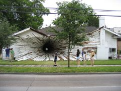 27. La casa del agujero (Texas, EEUU)