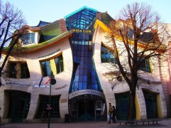 47. The Crooked House (Sopot, Polonia)
