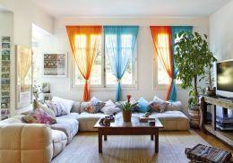 7- Animarse a ponerle color a las cortinas. Un ambiente luminoso permitirá, inclusive, usar colores oscuros.