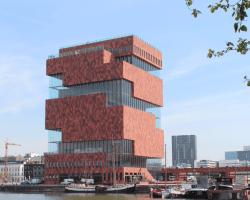 «100 x Congo» au MAS à Anvers… ou la manipulation de l'art par l'idéologie