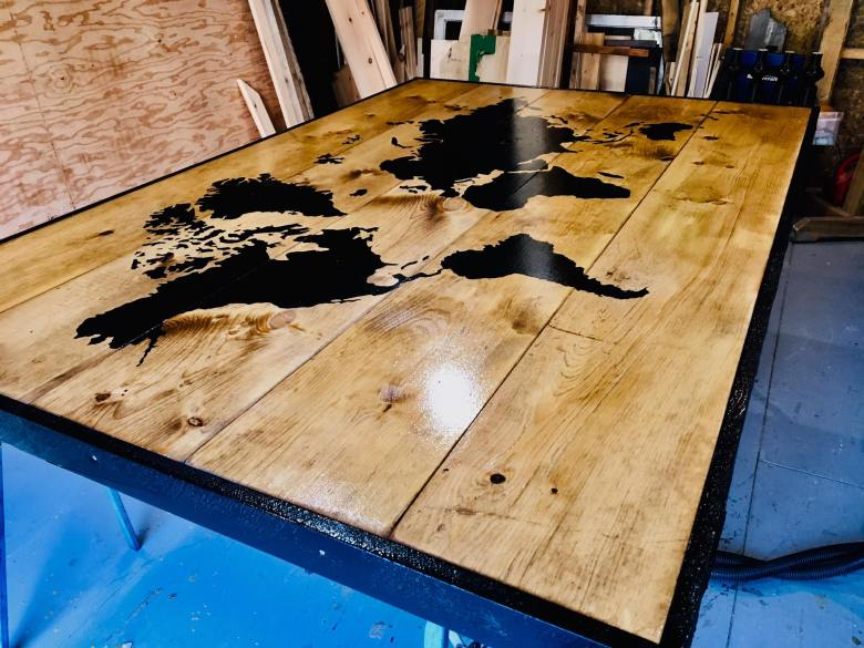 Table bois carte du monde jack shop