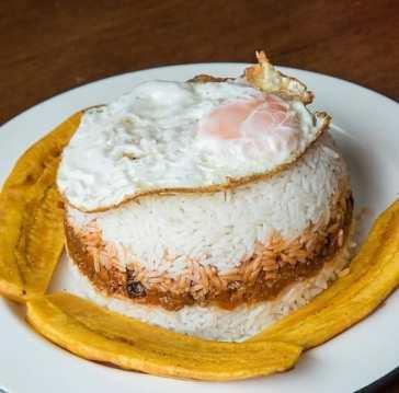 ingredientes del arroz tapado