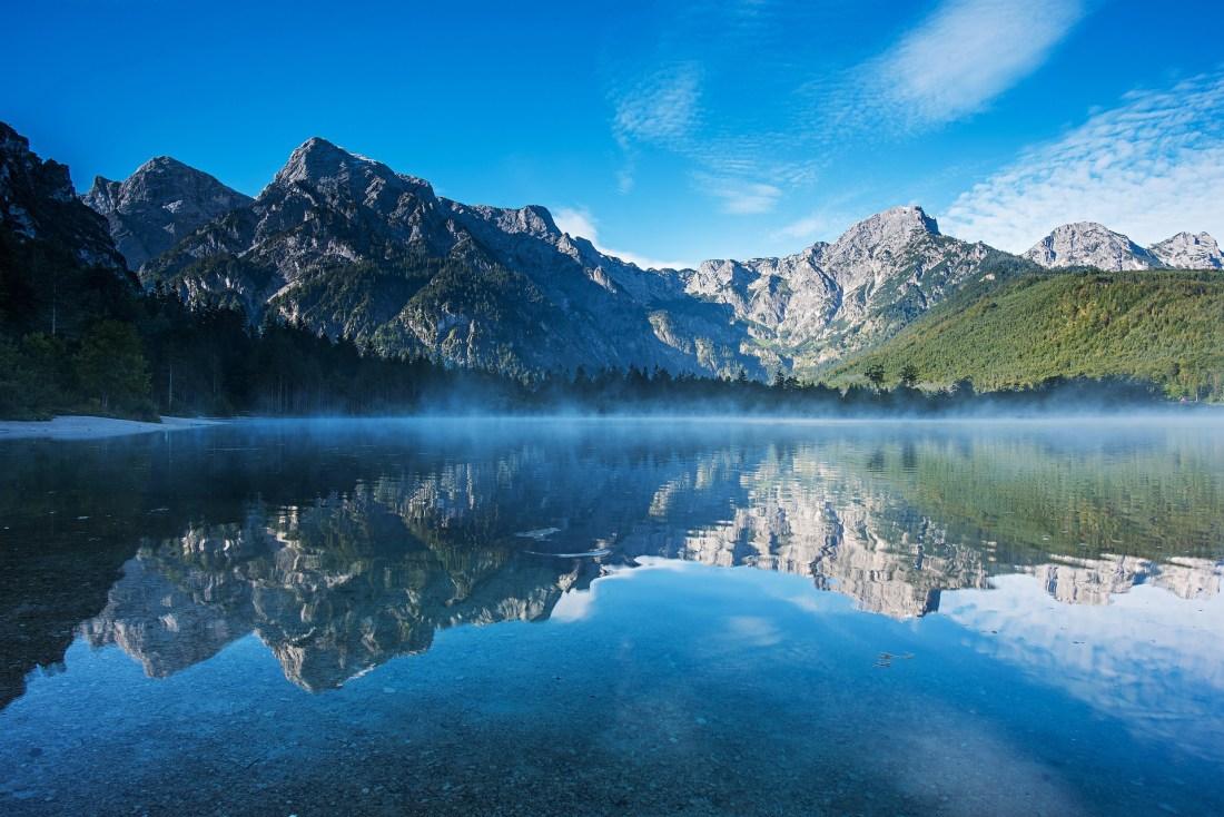 mountains-4292912_1920