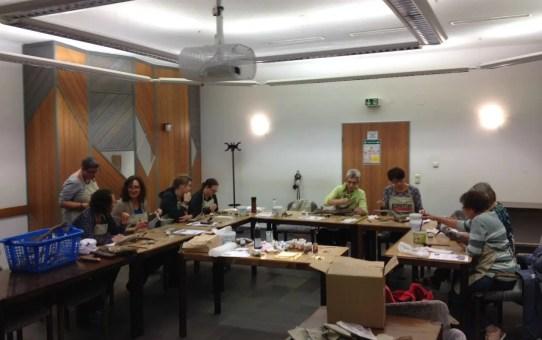 Horusauge, Vergoldung von Treibholz und auf Naturholz – Fotos vom Kurs, 17. 11. 2017