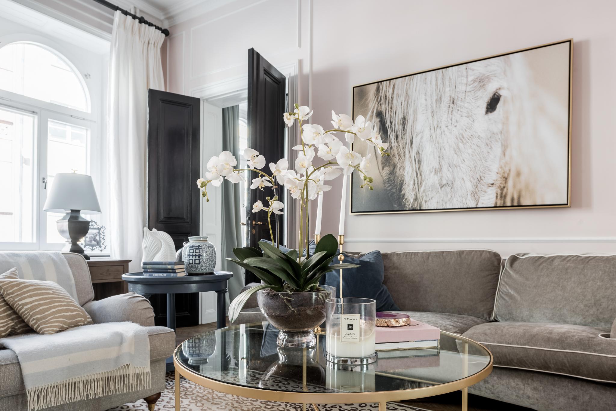 орхидея столик свеча