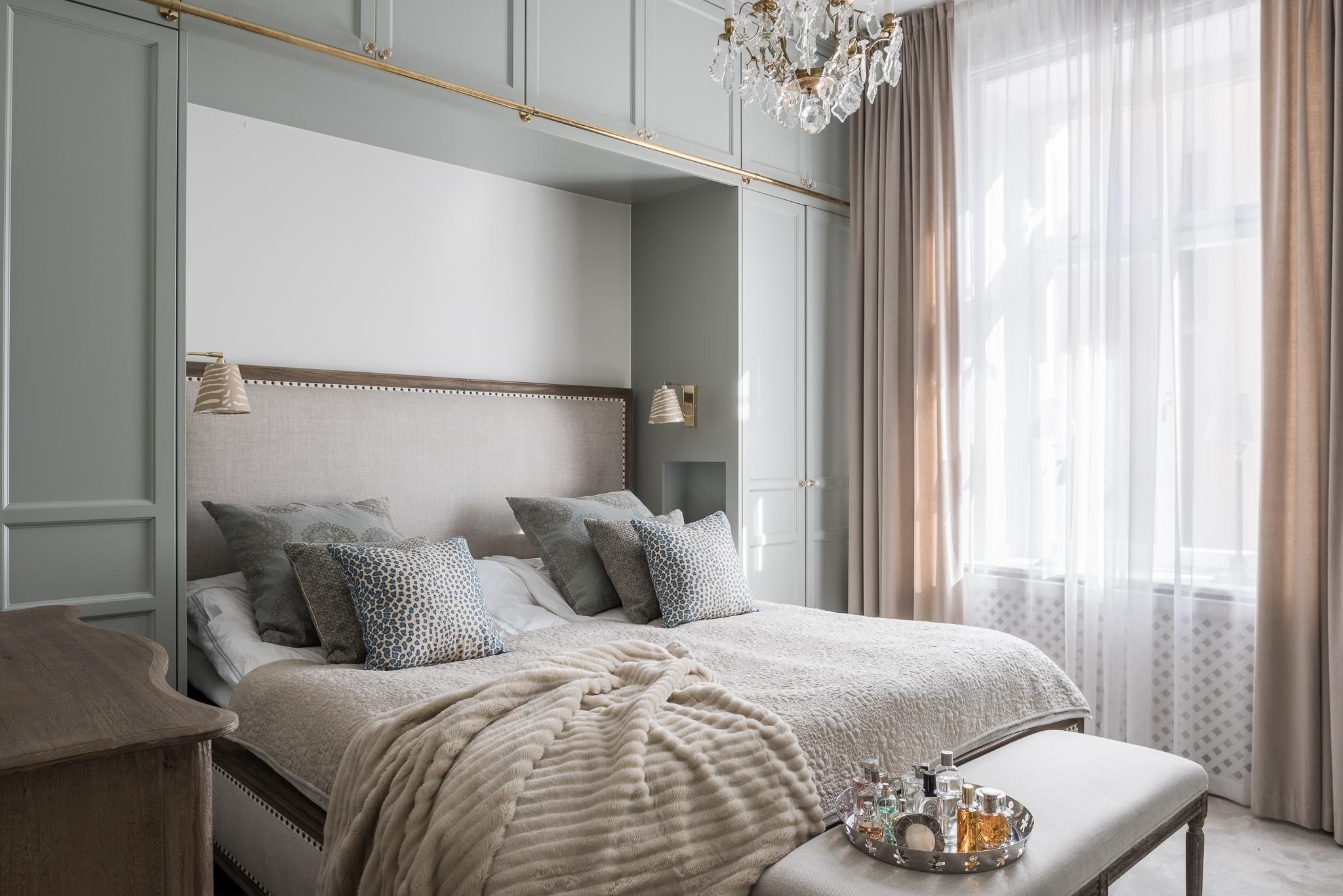 спальня шкаф кровать