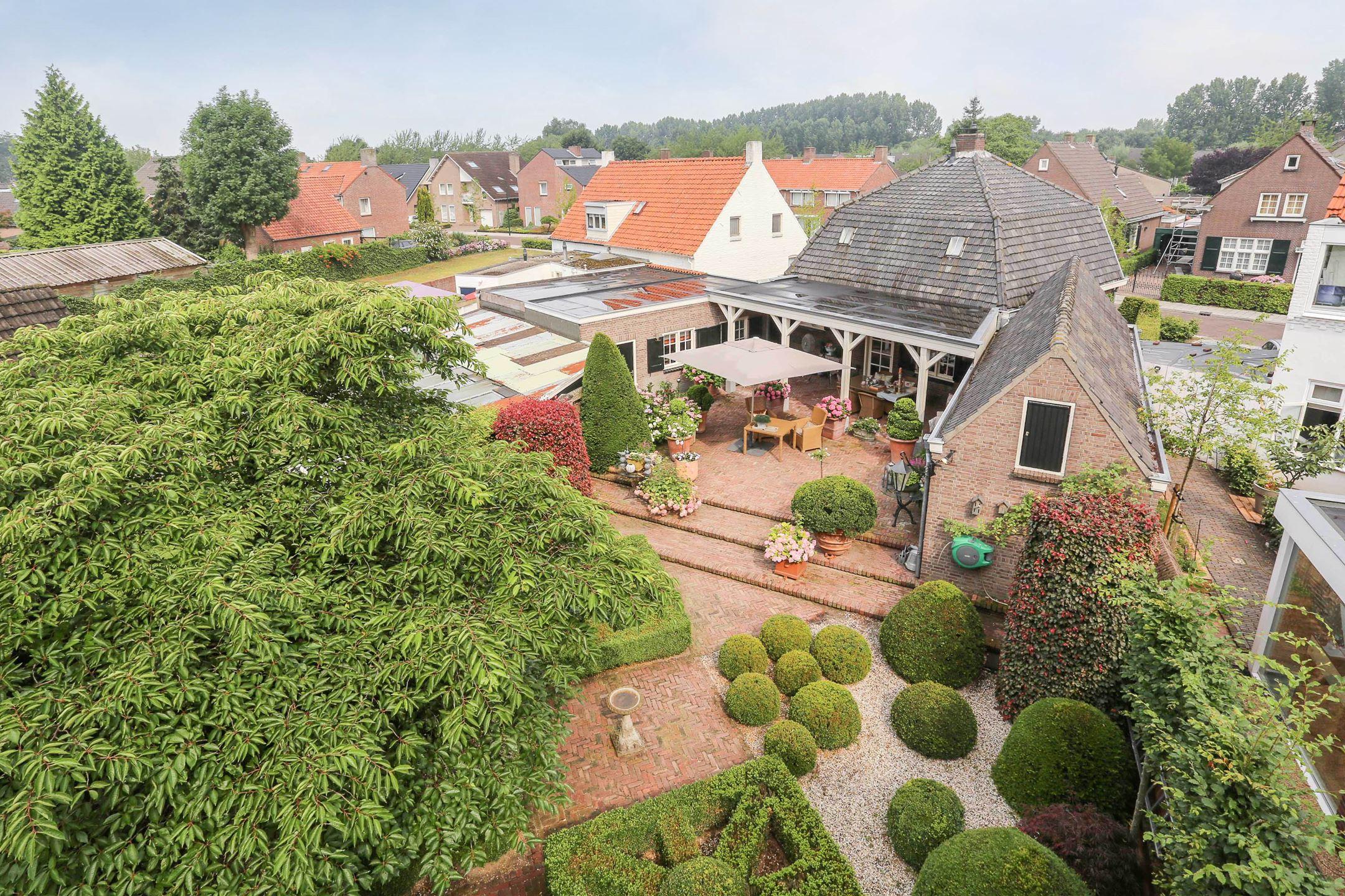 крыша загородного дома