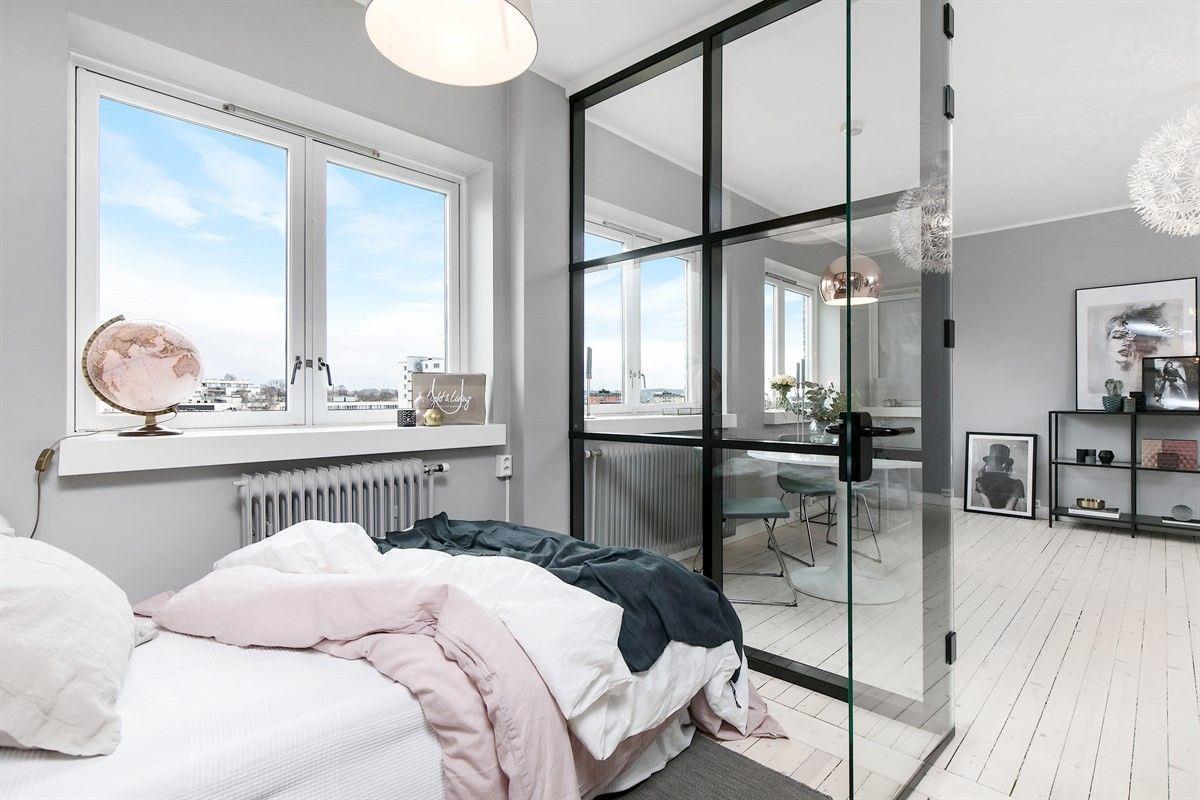 спальня кровать перегородка