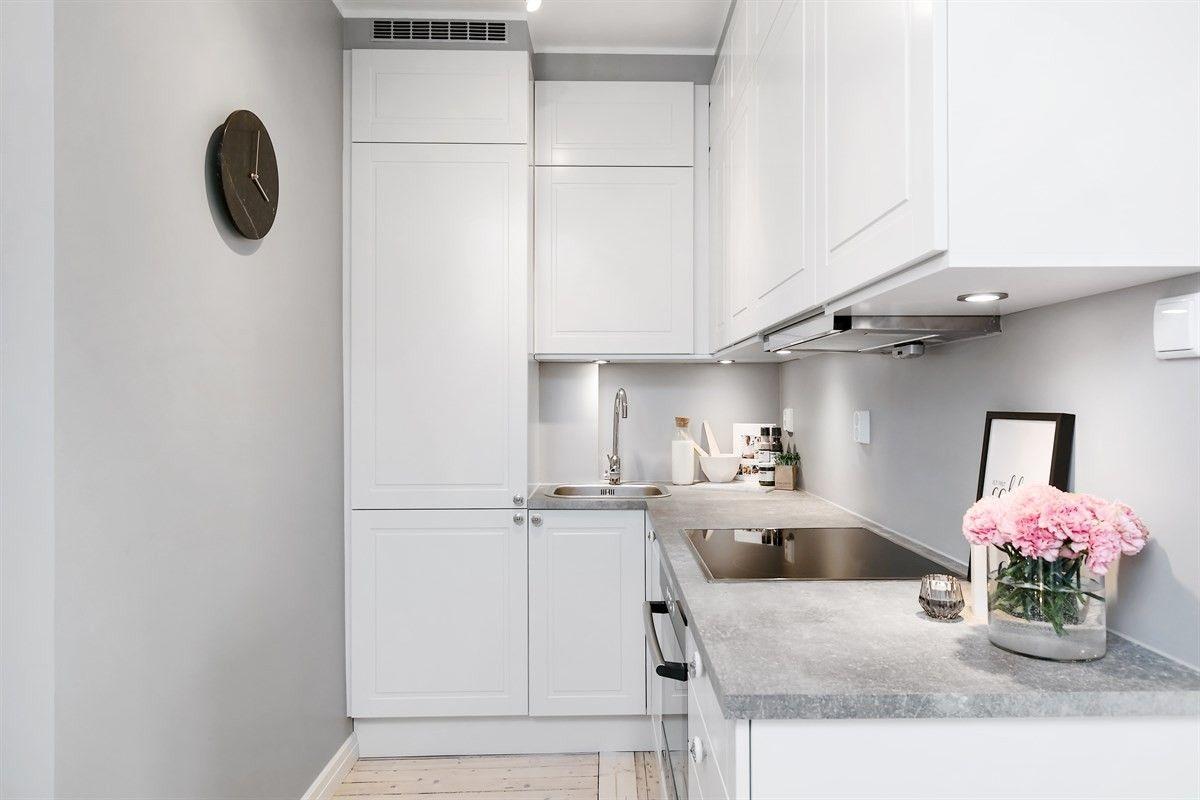 белая кухня плита встроенная техника