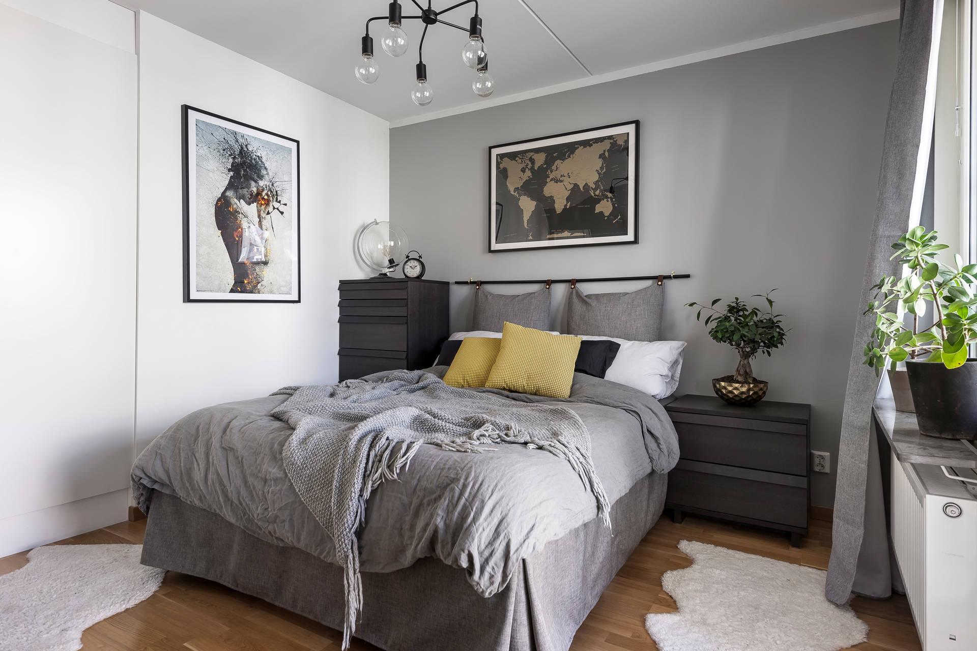 спальня кровать изголовье комоды