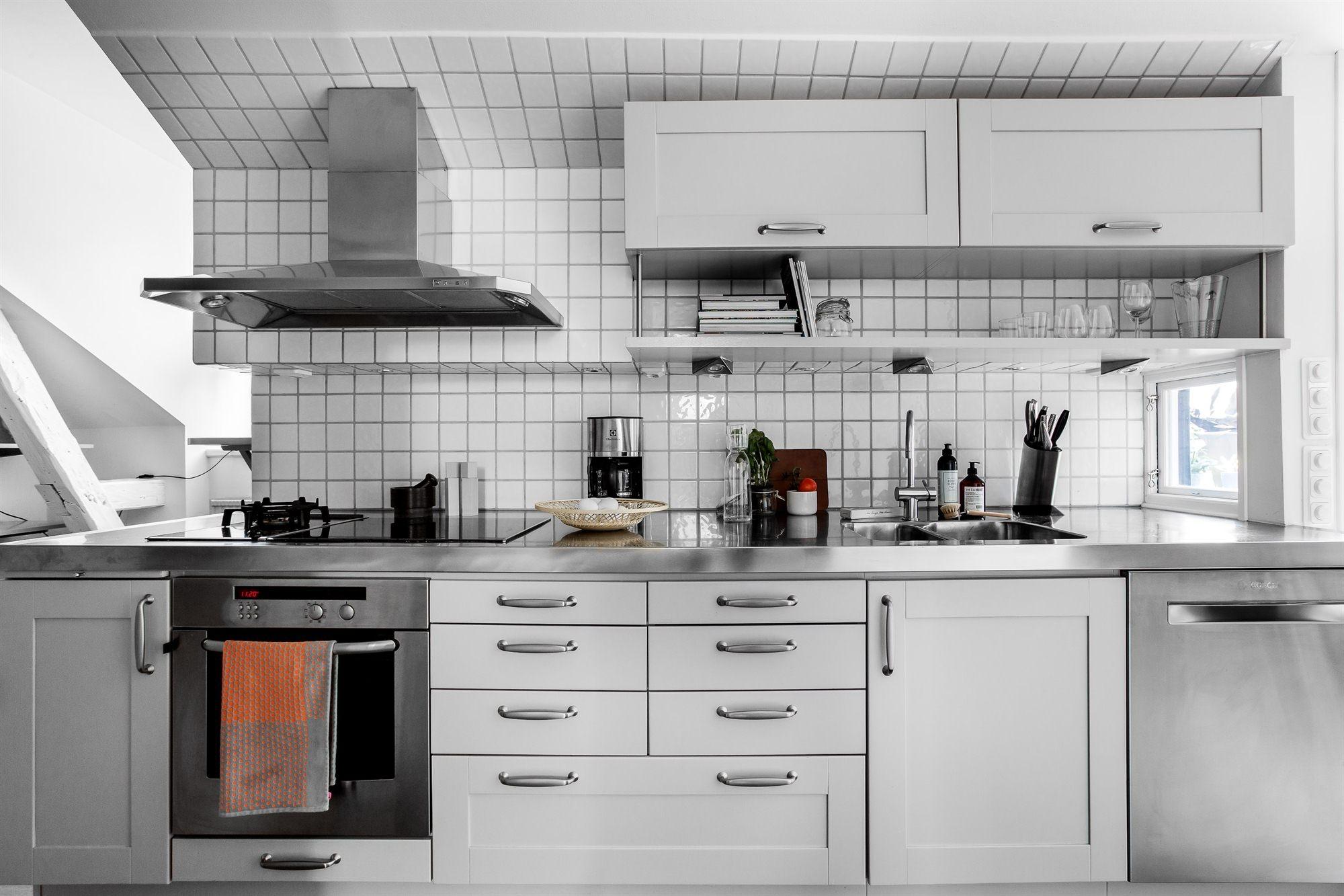 кухня мебель столешница варочная панель духовка вытяжка