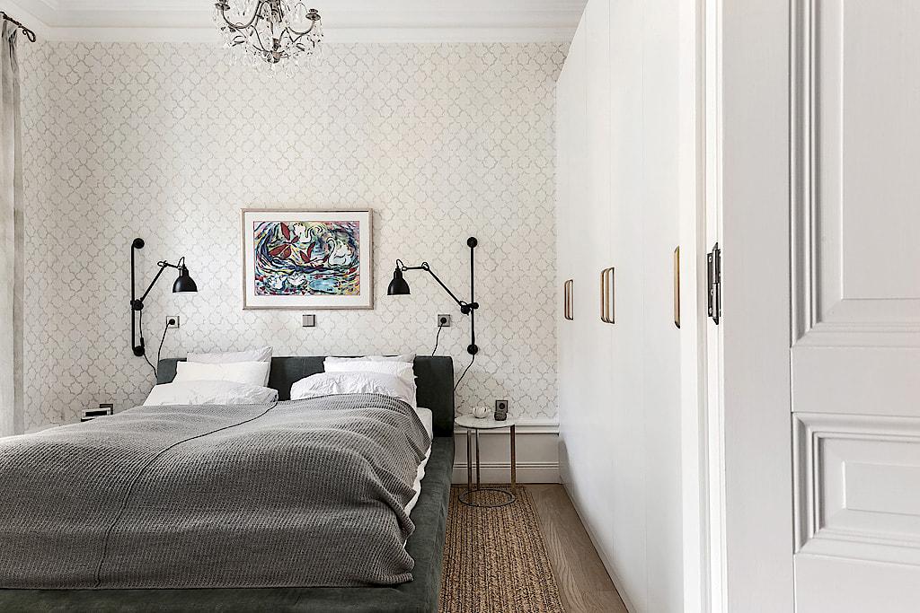 спальня кровать шкаф плинтус