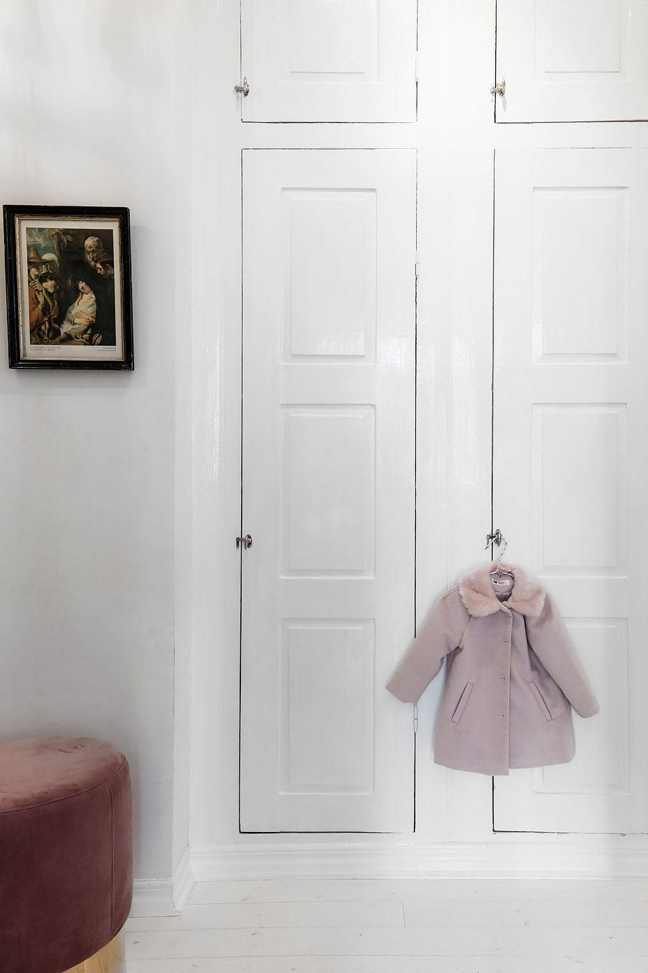 белый встроенный шкаф двери филёнка