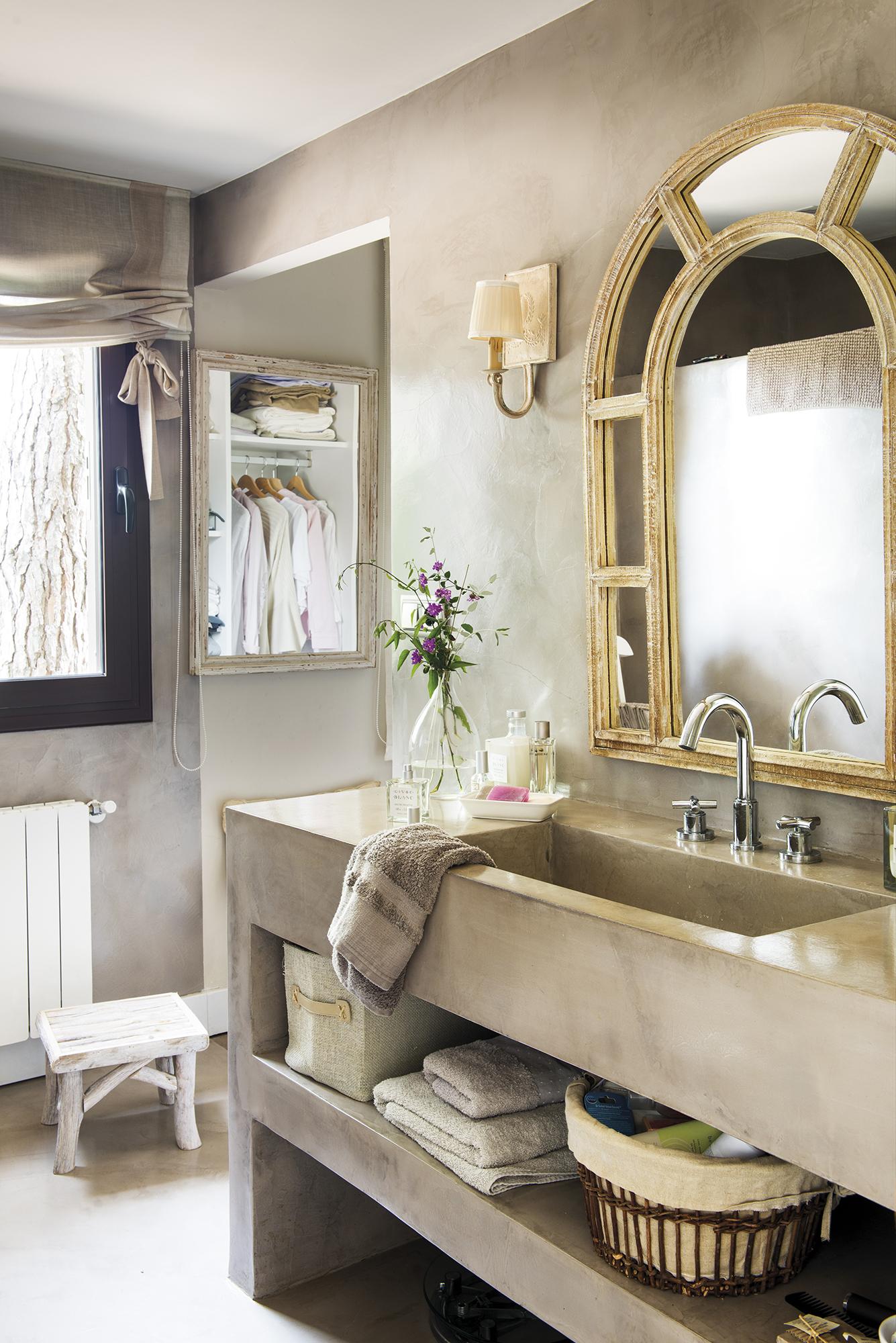 ванная комната бетон раковина зеркало