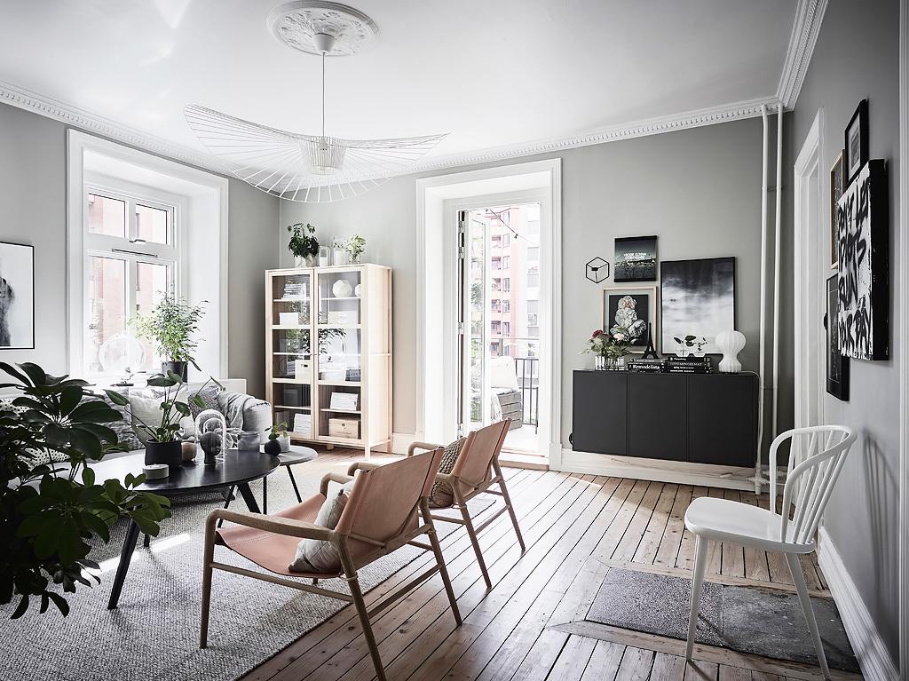 гостиная деревянный пол лиственница