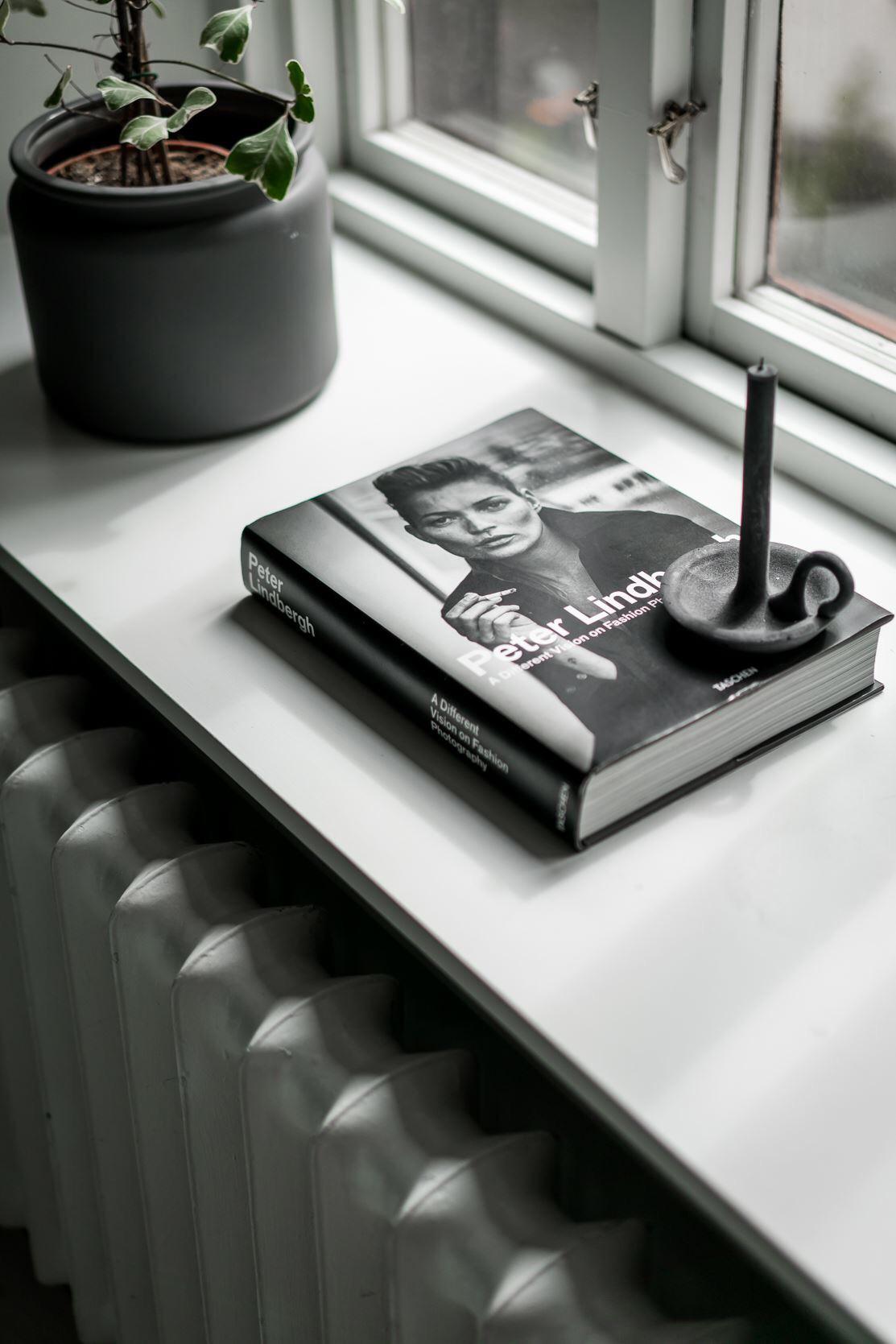 окно подоконник радиатор отопления