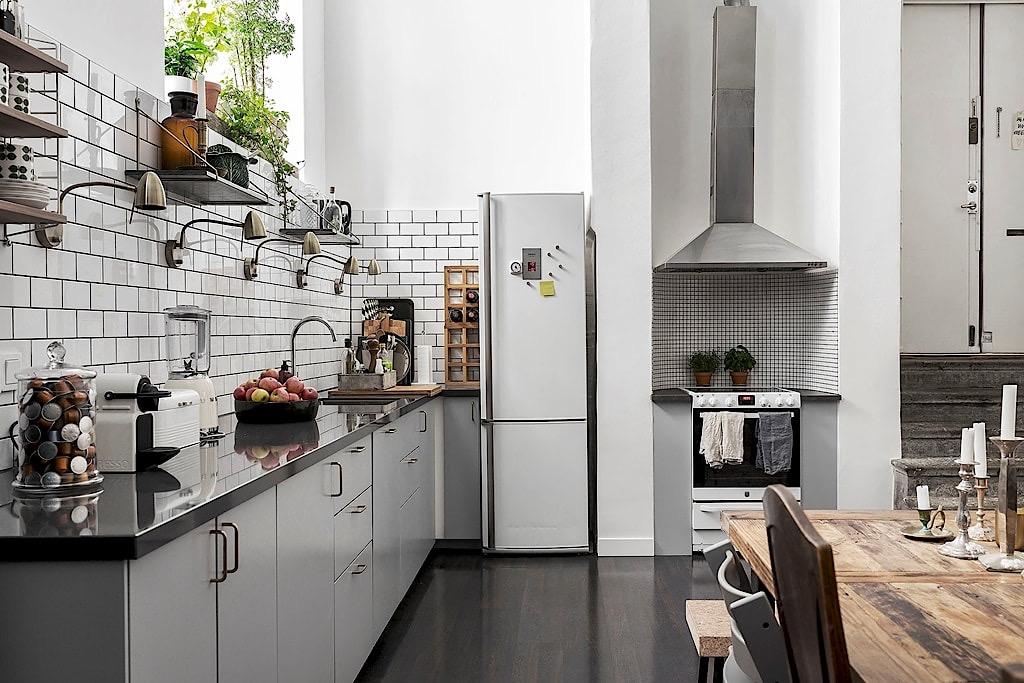 кухня мебель холодильник ниша плита вытяжка