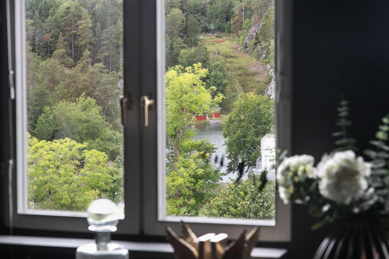окно подоконник декор