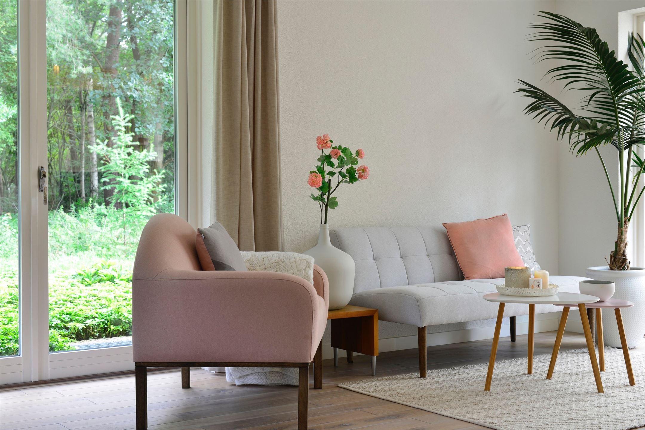 диван кресло комнатное дерево стеклянные двери