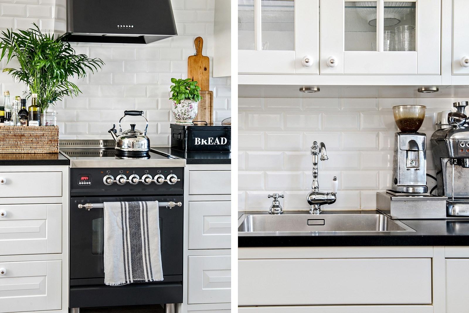 кухонная мебель мойка смеситель плита вытяжка кофеварка