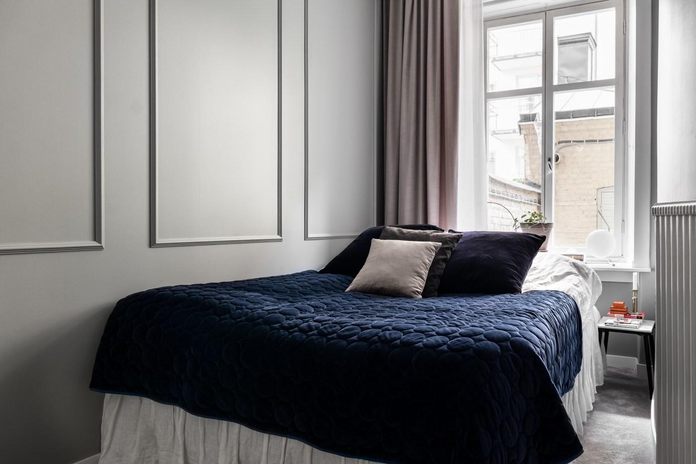 спальня кровать