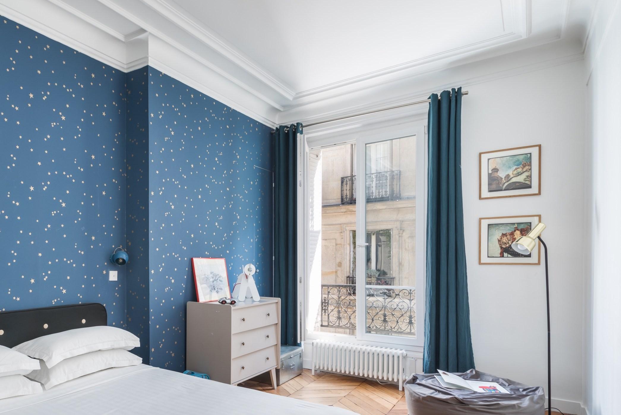 спальня французские окна