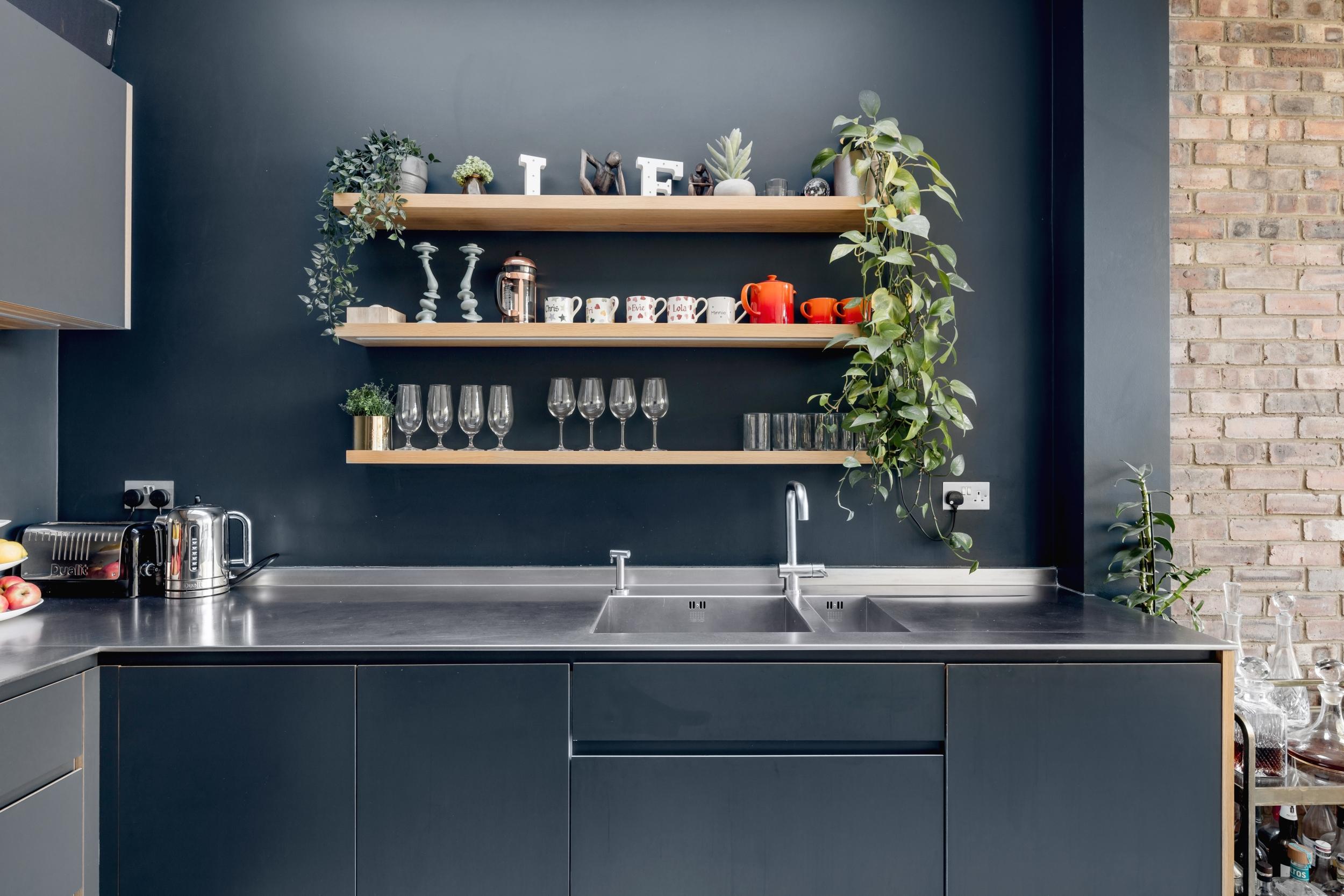 кухонная мебель полки мойка