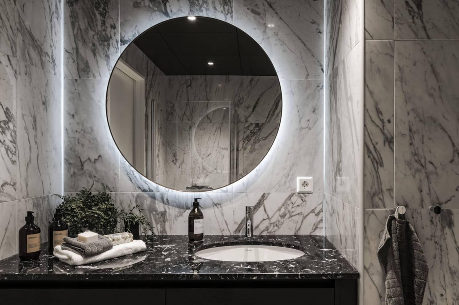 зеркало мрамор раковина